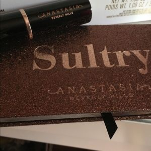 Anastasia sultry palette and contour stick